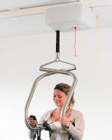 Zelfstandig_tillen_met_infrarood_plafondmotor_uitsnede